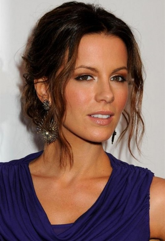 kate-beckinsale-at-tods-beverly-hills-reopening-08