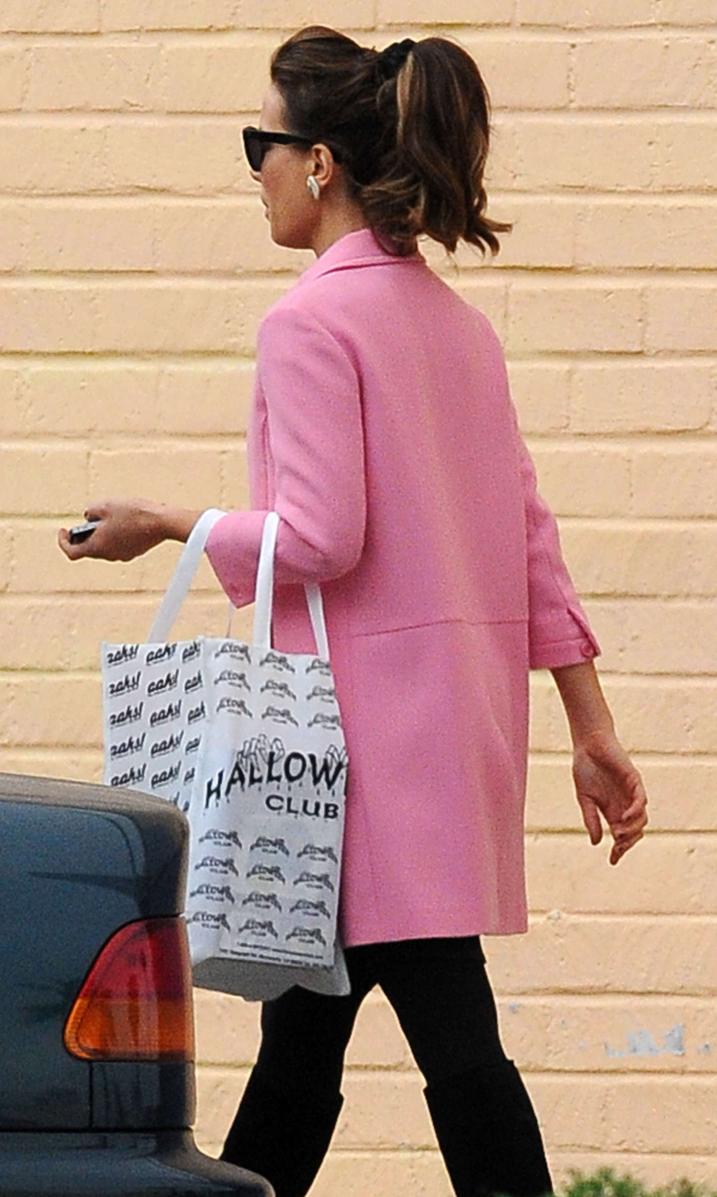 Kate Beckinsale 2014 : Kate Beckinsale in Pink Coat at Christmas Shopping -12