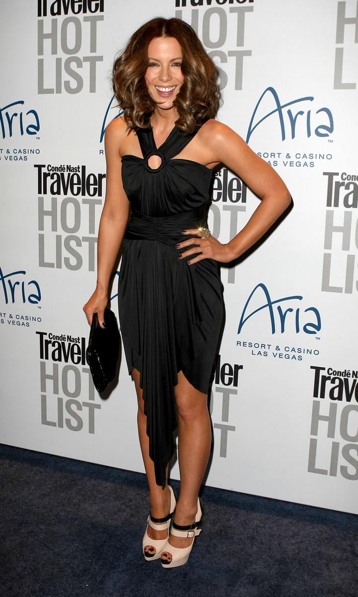 Kate Beckinsale 2010 : kate-beckinsale-conde-nast-traveler-hot-list-party-haze-nightclub-in-lv-01