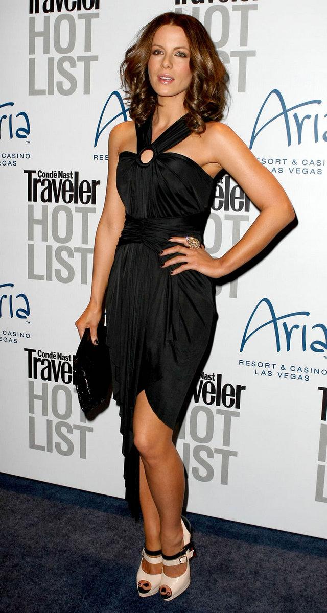 Kate Beckinsale 2010 : kate-beckinsale-conde-nast-traveler-hot-list-party-haze-nightclub-in-lv-15