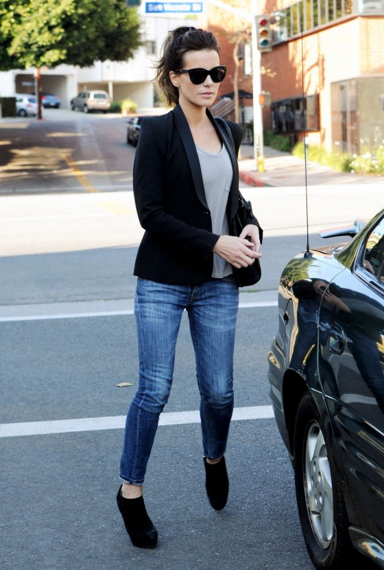 Kate Beckinsale – Jeans Candids in Los Angeles-08