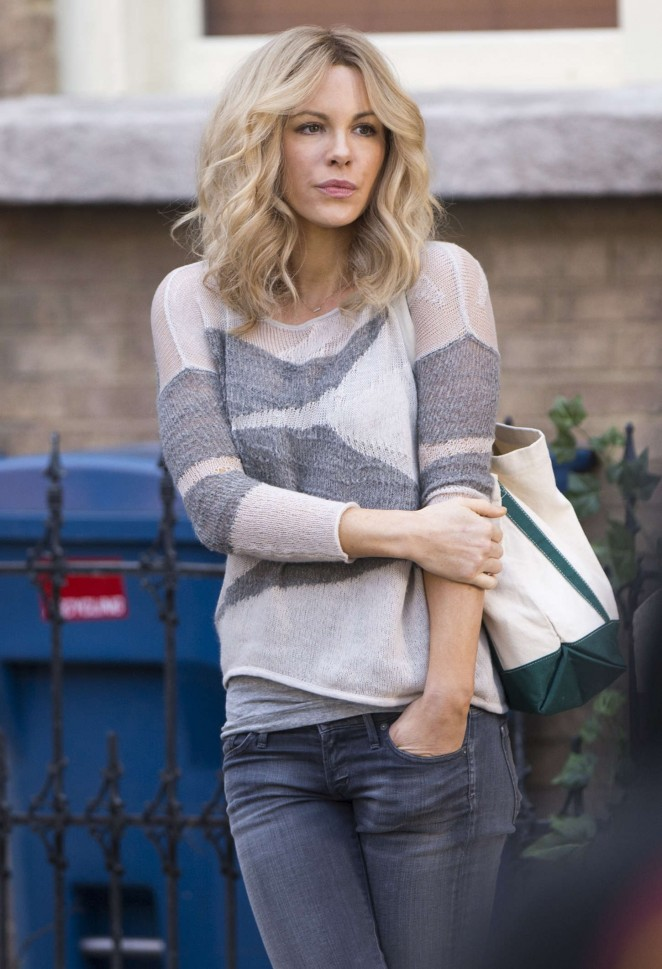 Kate Beckinsale Filming 'The Disappointments Room' Set in Greenboro, NC
