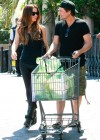 Kate Beckinsale - shopping candids -19