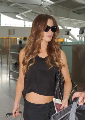 Kate Beckinsale Spotted at Heathrow Airport in London