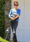 Kate Beckinsale visits a friends house -06