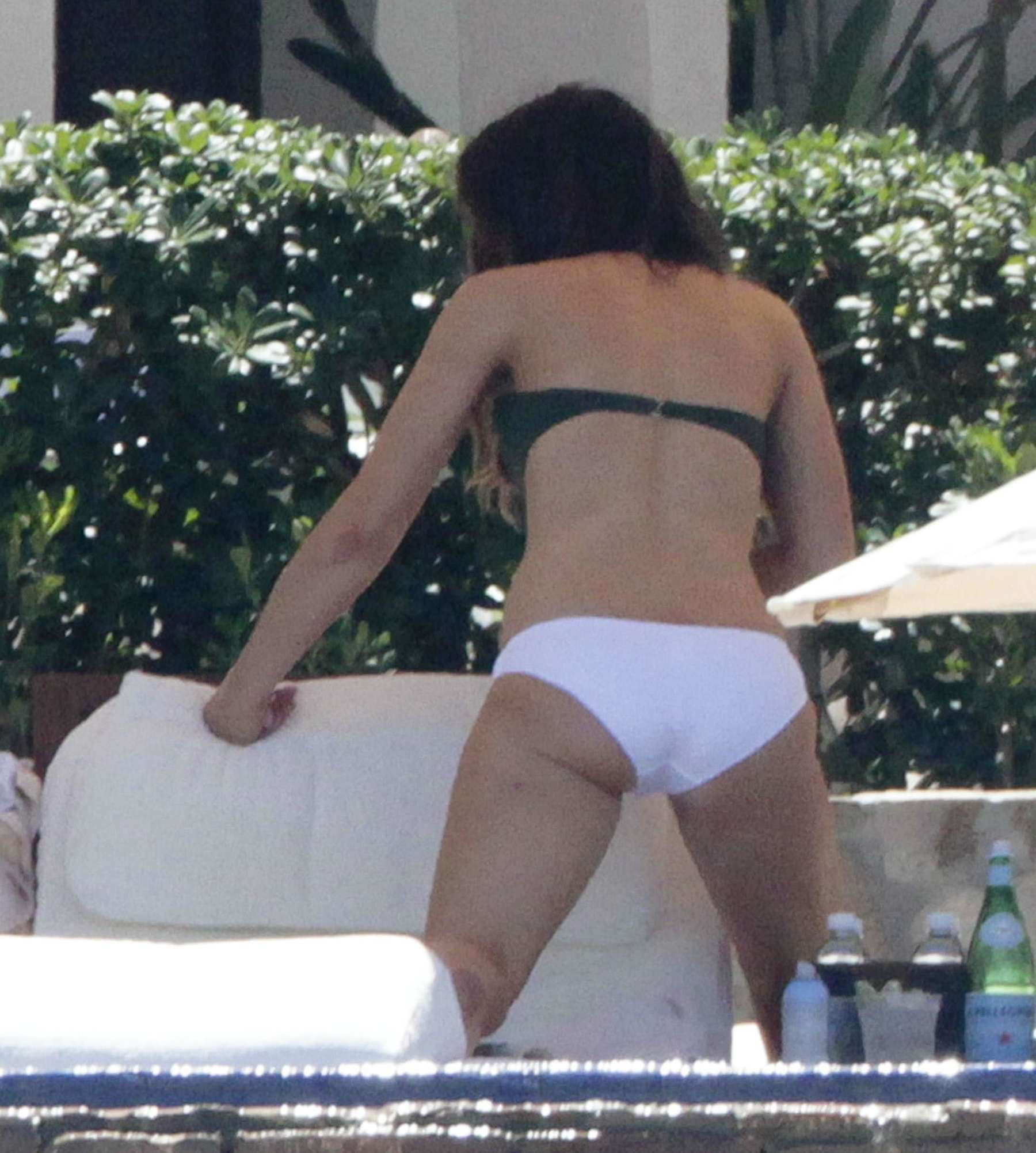 Kate Beckinsale In Bikini 111