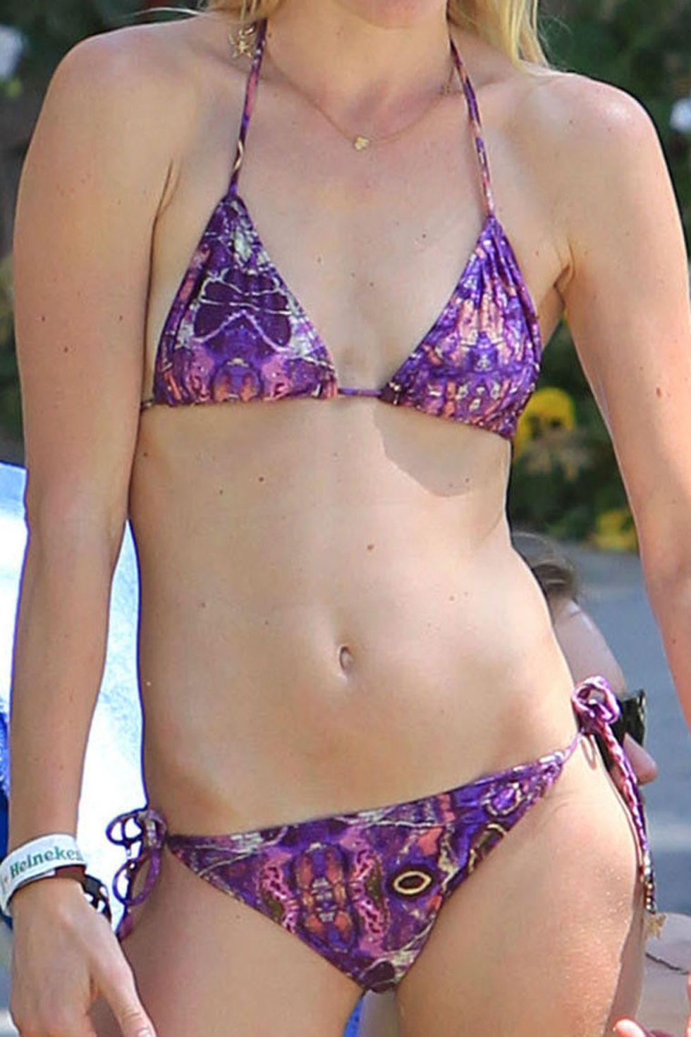kate-bosworth-in-a-bikini-16