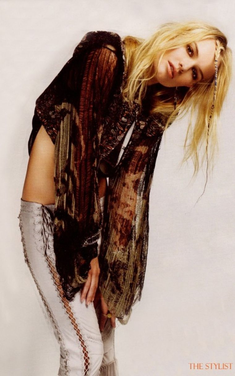 Kate Bosworth 2011 : kate-bosworth-nylon-magazine-march-2011-issue-03