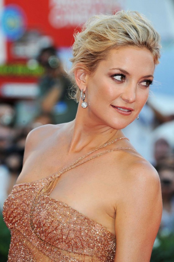 Kate Hudson in long gold dress at The Reluctant Fundamentalist Premiere