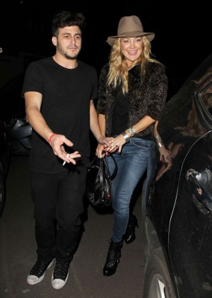 Kate Hudson in Jeans at The Nice Guy Restaurant in LA
