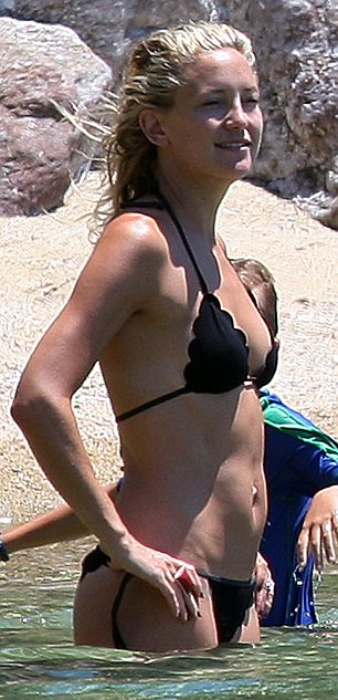Kate Hudson – Bikini in Greece-08