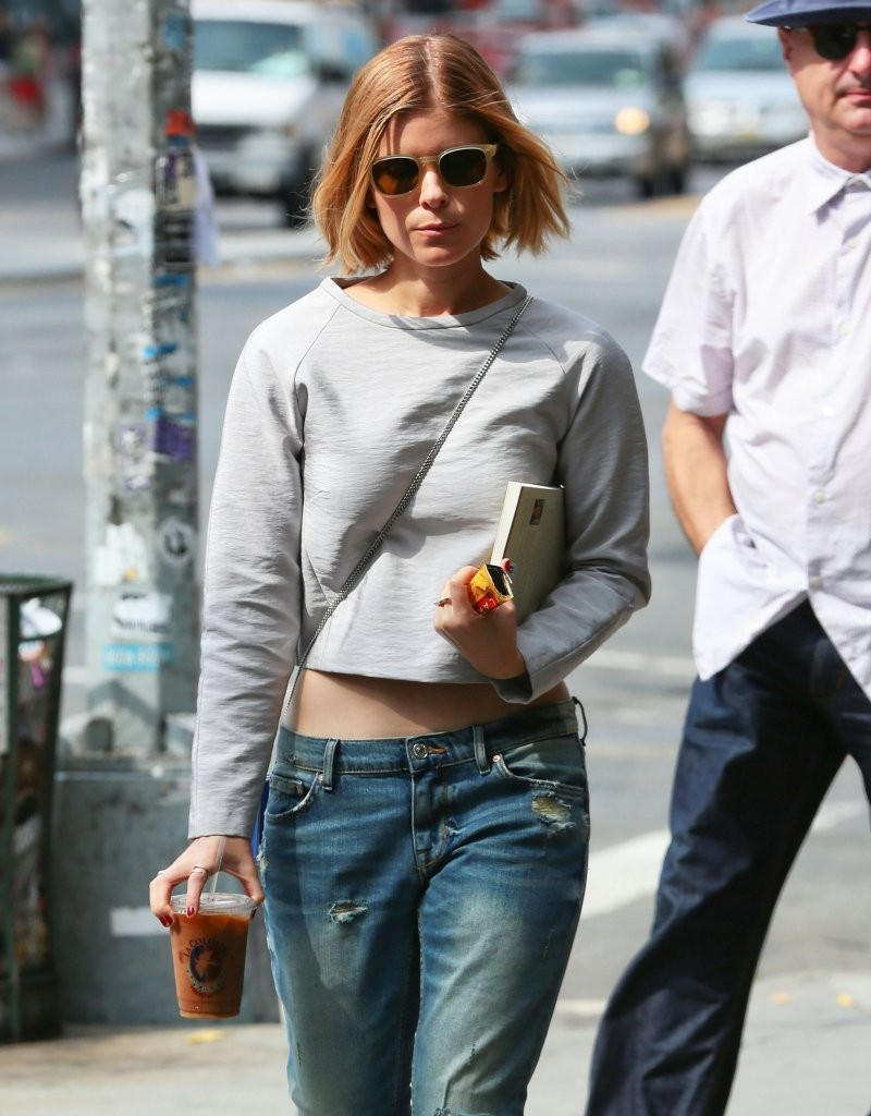Kate Mara In Jeans 01 Gotceleb