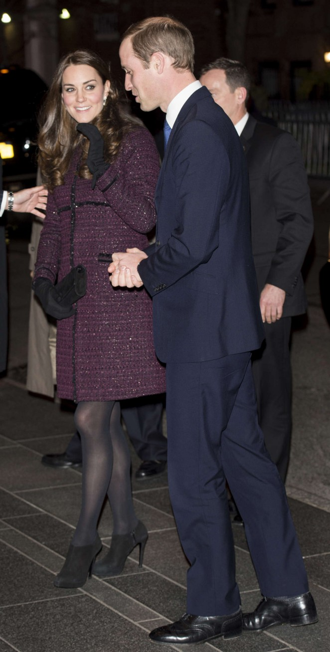 Kate Middleton and Prince William arrive at The Carlyle Hotel in New York -04