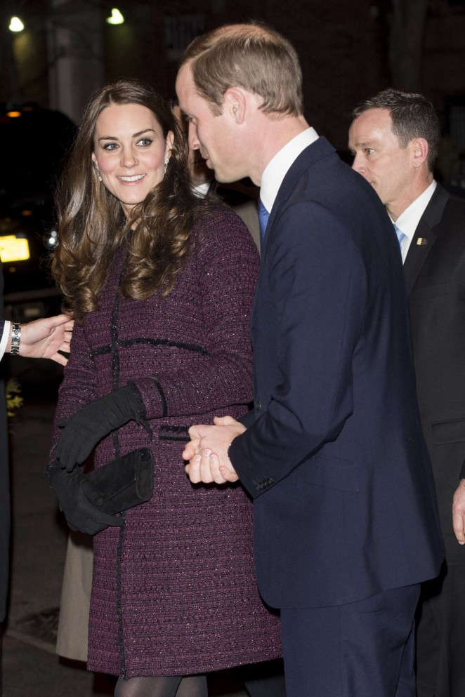 Kate Middleton and Prince William arrive at The Carlyle Hotel in New York -10