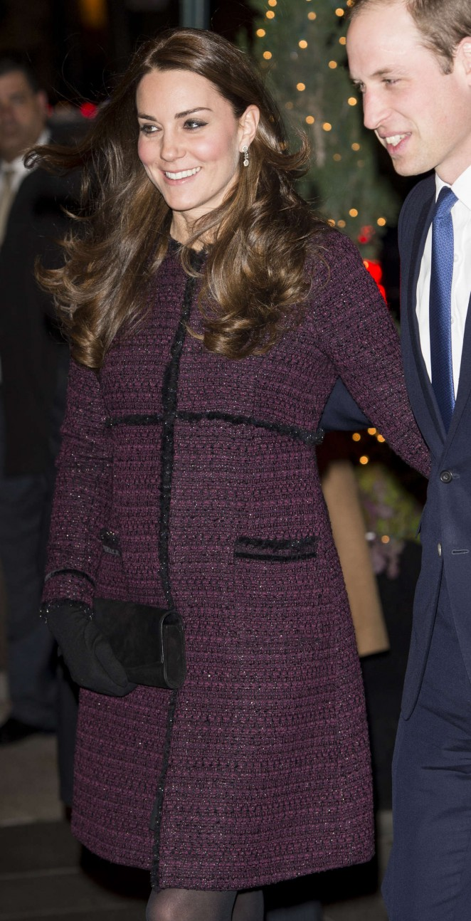 Kate Middleton and Prince William arrive at The Carlyle Hotel in New York -12