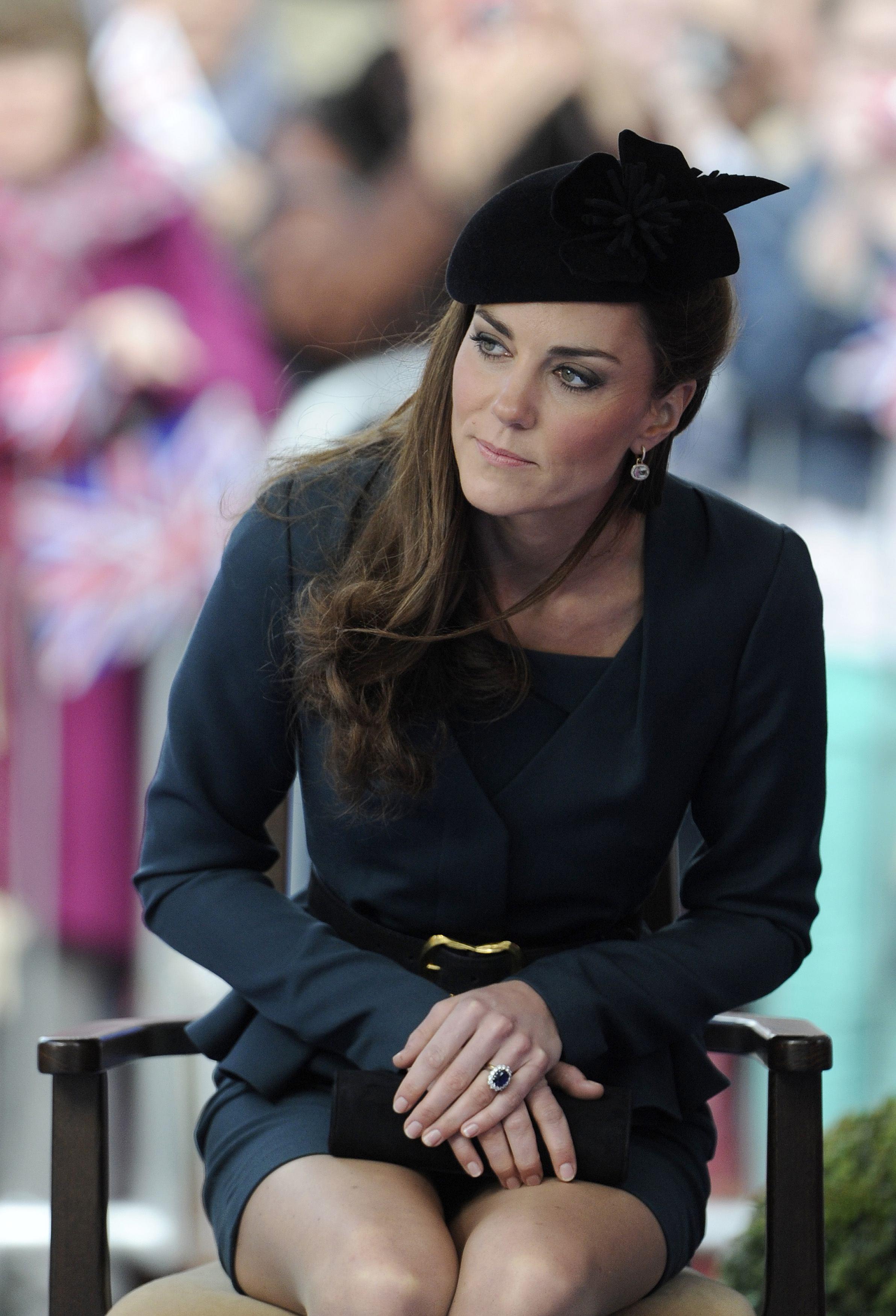 Kate Middleton wear hot short skirt-02 - GotCeleb