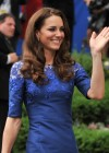Kate Middleton in Blue Dress at Freedom of the City Ceremony in Quebec-03