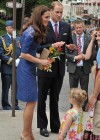 Kate Middleton in Blue Dress at Freedom of the City Ceremony in Quebec-05