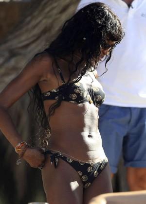 Kate Moss and Naomi Campbell in Bikini -07