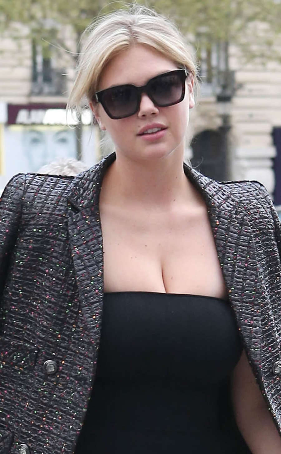 Kate-Upto:-Fendi-Boutique-in-Paris--12.j
