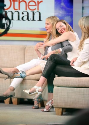 Kate Upton and Cameron Diaz and Leslie Mann at Good Morning America in NYC -16