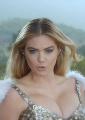 Kate Upton: Game of War Live Action Trailer Empire -03