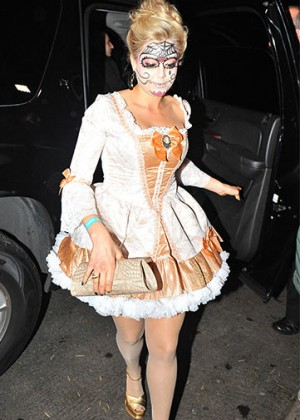 Kate Upton - Casamigos Tequila's Halloween Party 2014 in Beverly Hills