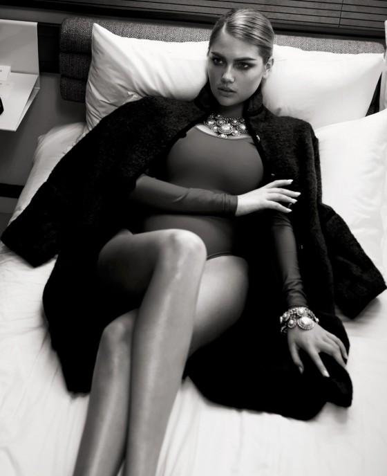 Kate Upton - Vogue Brazil 2013 -08