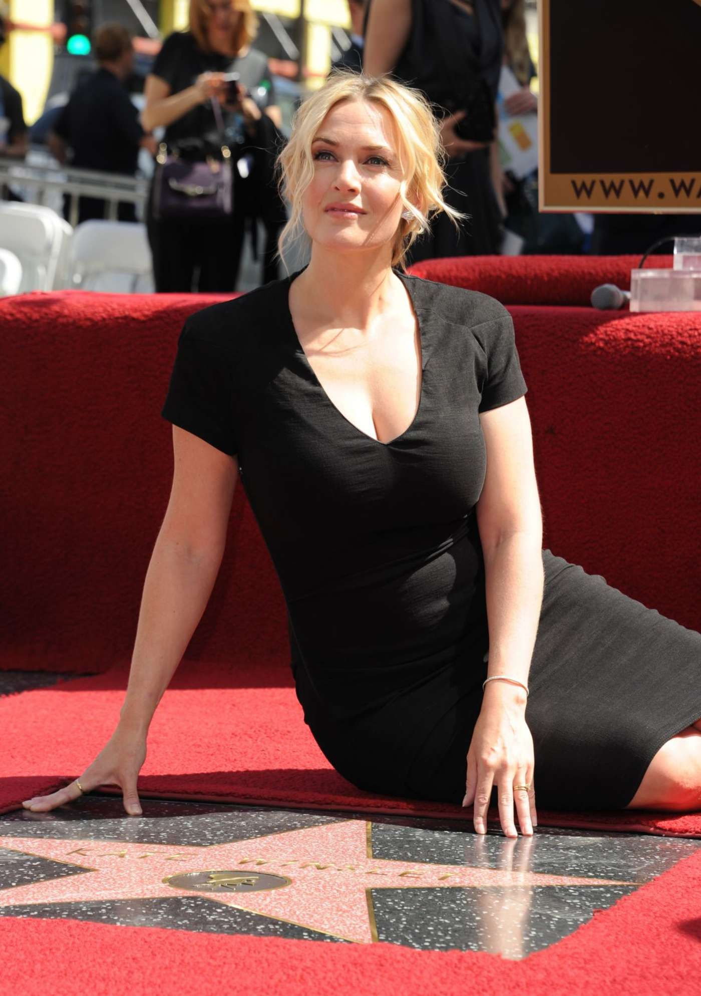 Kate Winslet Gets A Star On Hollywood Walk Of Fame