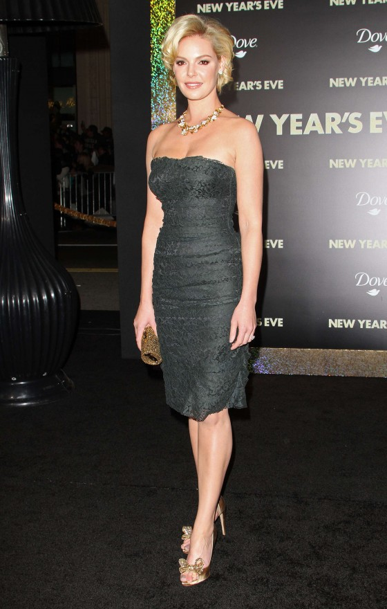 Katherine Heigl - Cleavage at New Years Eve Premiere In LA-11