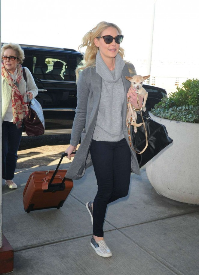 Katherine Heigl in Jeans on Airport in New York