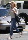Katherine Heigl out for lunch in Los Feliz -29