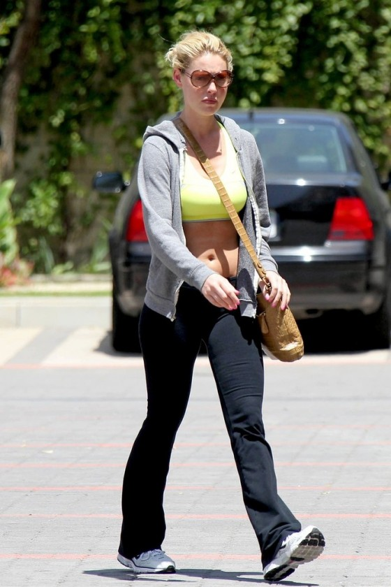 Katherine Heigl � Wearing a spandex and sports bra at a gym in West Hollywood