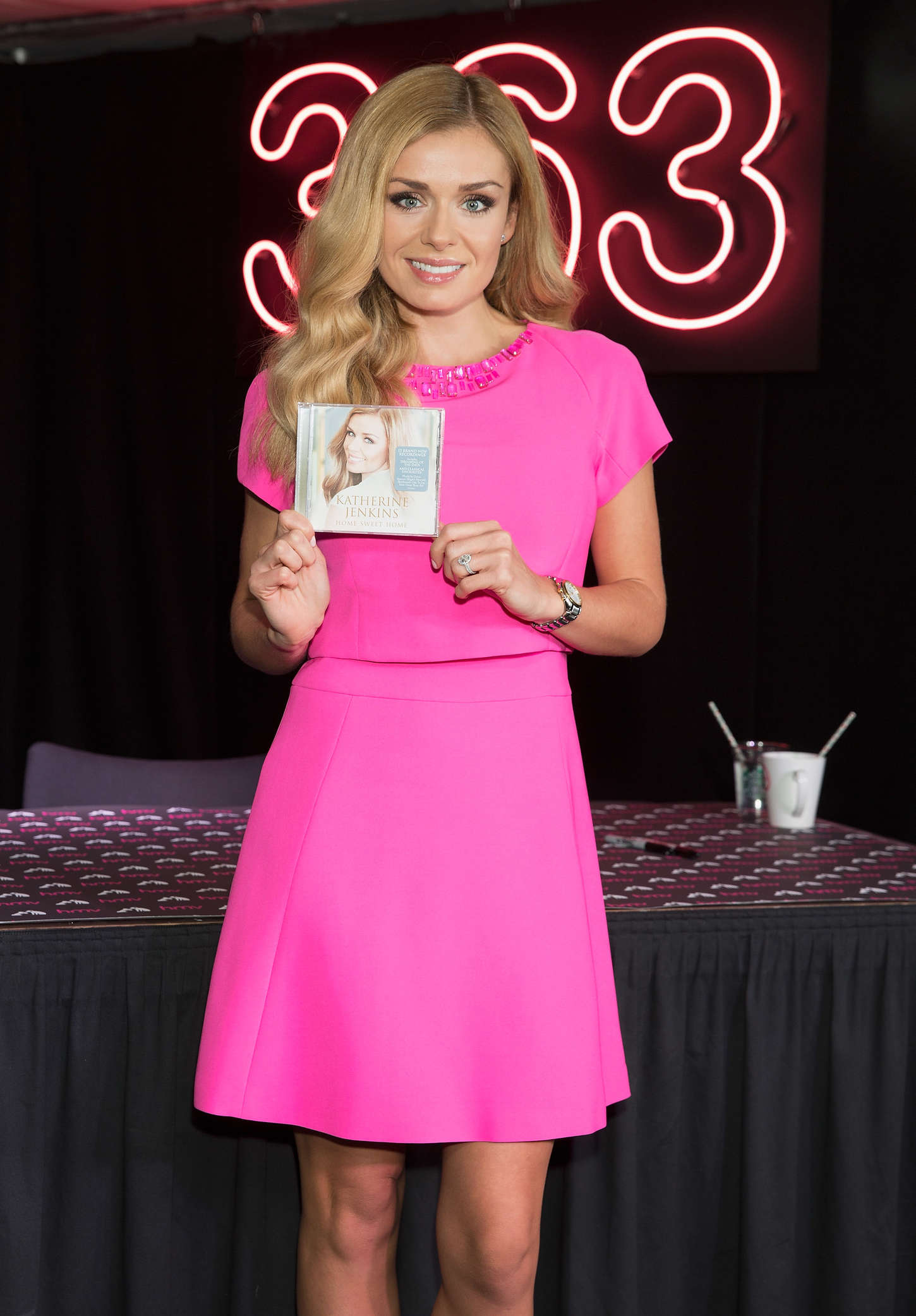 Lindsay Lohan - Backstage Beauty Booth Launch in London ...