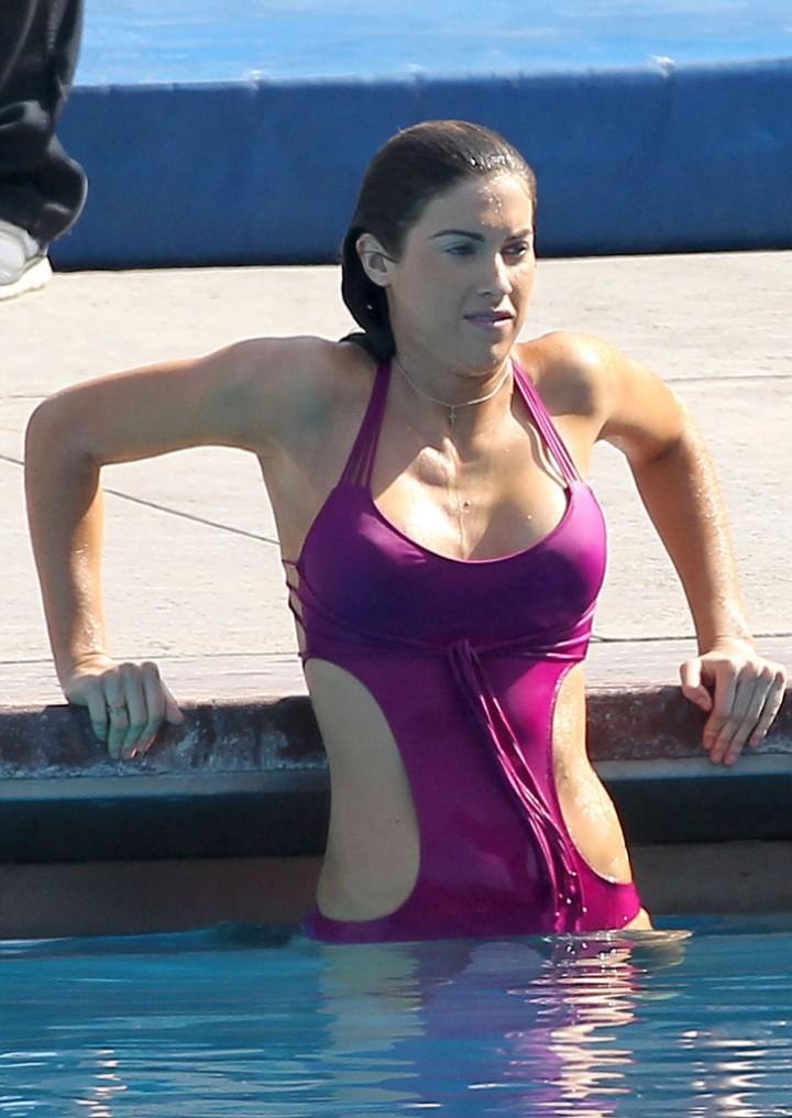 Katherine Webb on the set of  Celebrity Diving -04