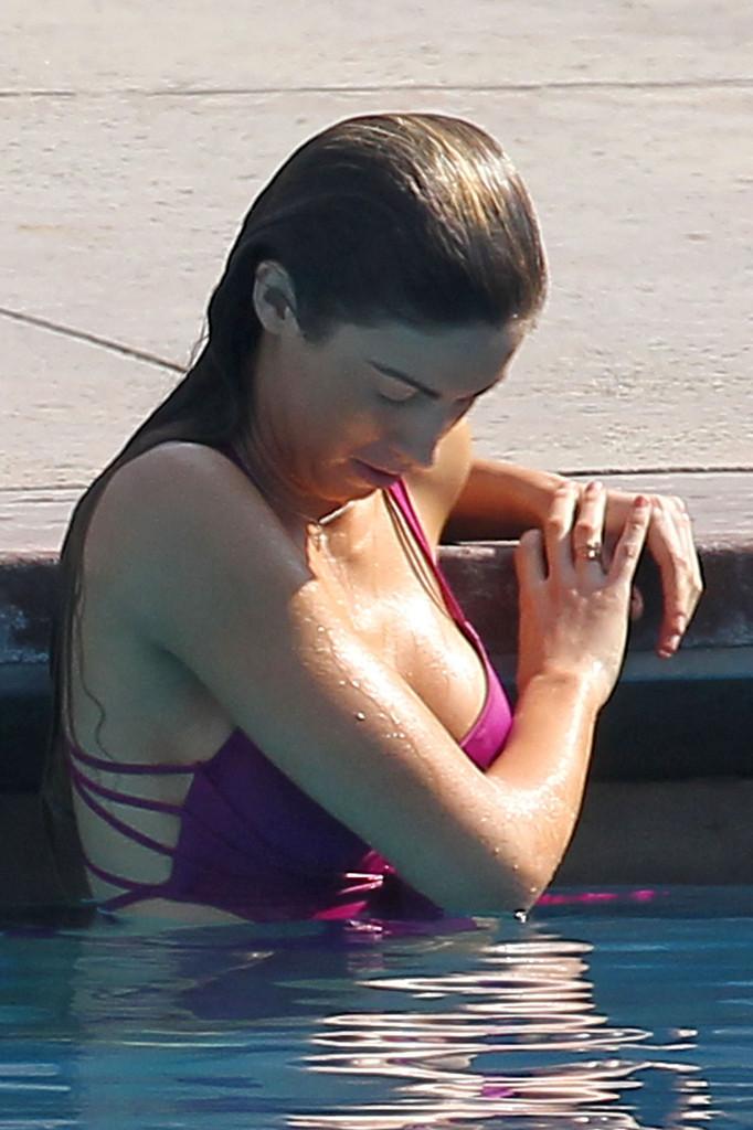 Katherine Webb 2013 : Katherine Webb on the set of  Celebrity Diving -17