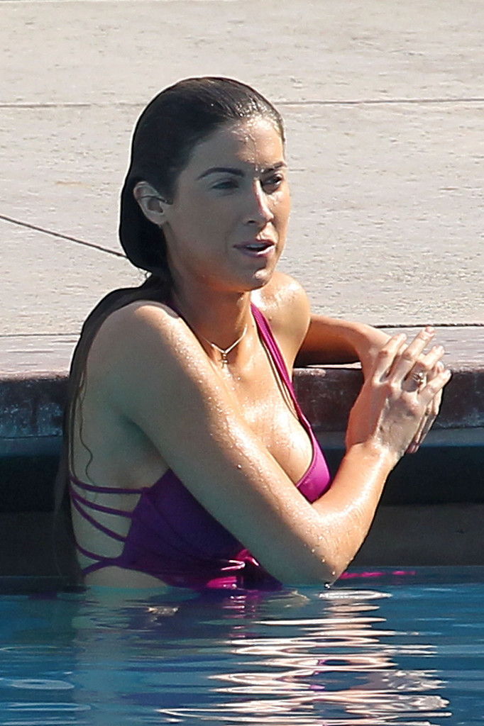 Katherine Webb 2013 : Katherine Webb on the set of  Celebrity Diving -25
