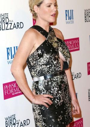 "Kathleen Robertson - ""White Bird in a Blizzard"" Premiere in Los Angeles"