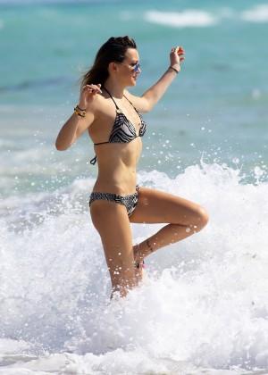 Katie Cassidy Bikini in Miami -21