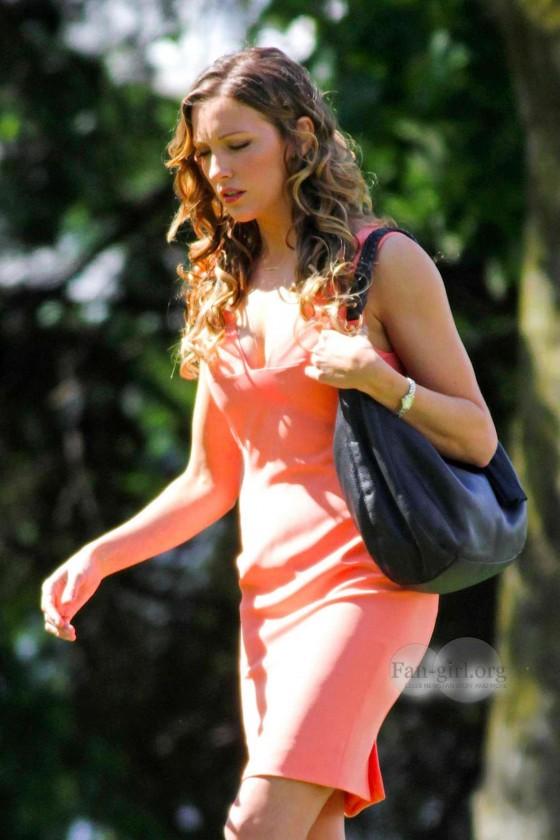 Katie Cassidy – Arrow Set Photos -09