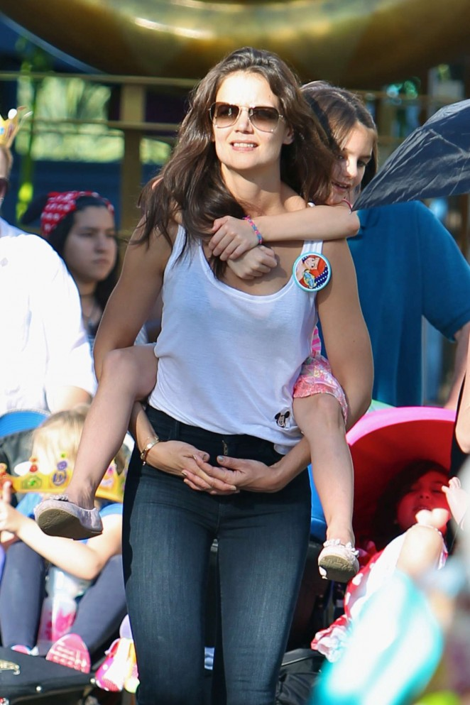 Katie Holmes in Jeans and tank Top at Disneyland in Anaheim