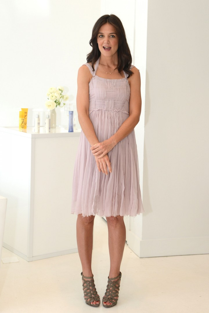 Katie Holmes haircare line launch -02