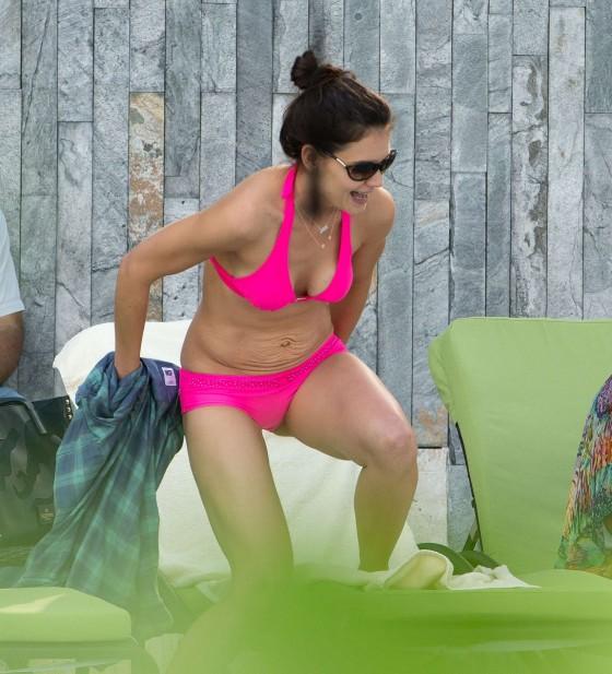 Katie Holmes Bikini Pictures 97