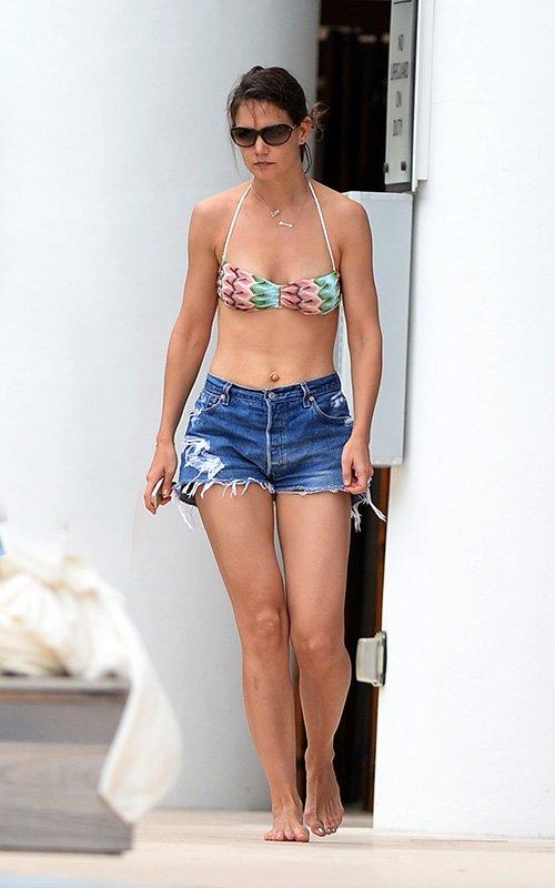 Katie Holmes Bikini Top 2014 In Miami 13 Gotceleb