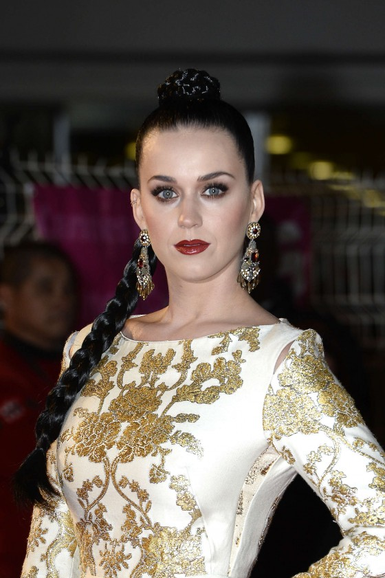 Back to post katy perry 15th nrj music awards in cannes
