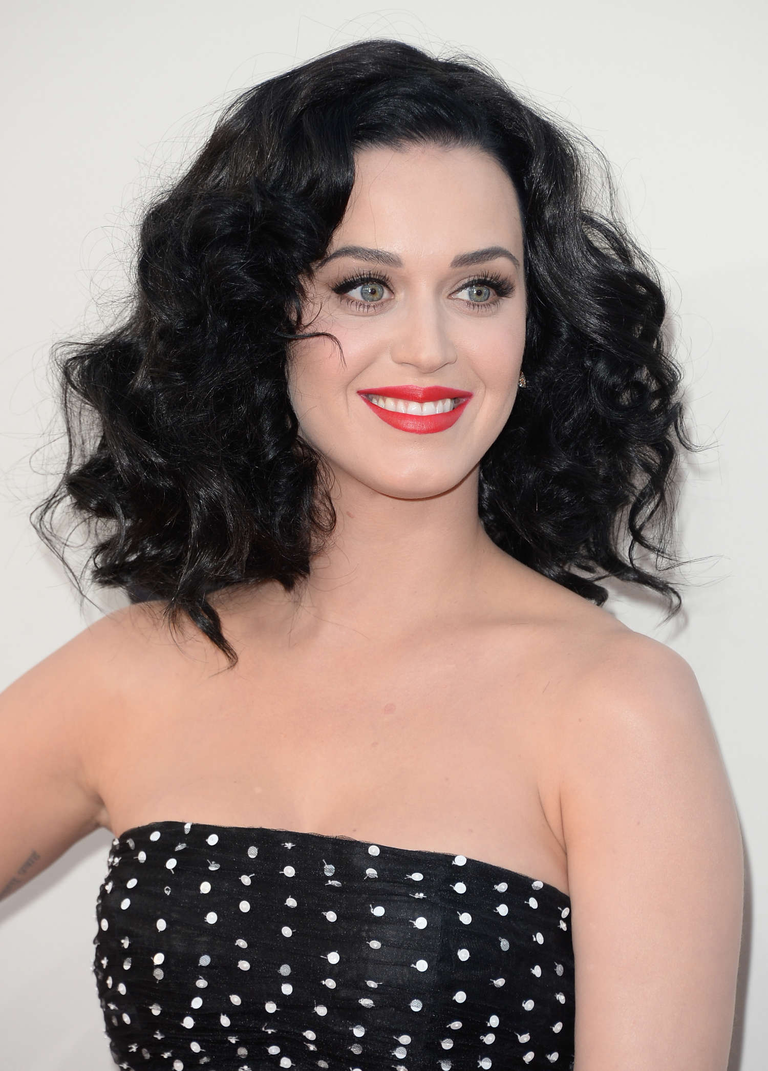 Katy Perry 2013 American Music Awards 02 Gotceleb