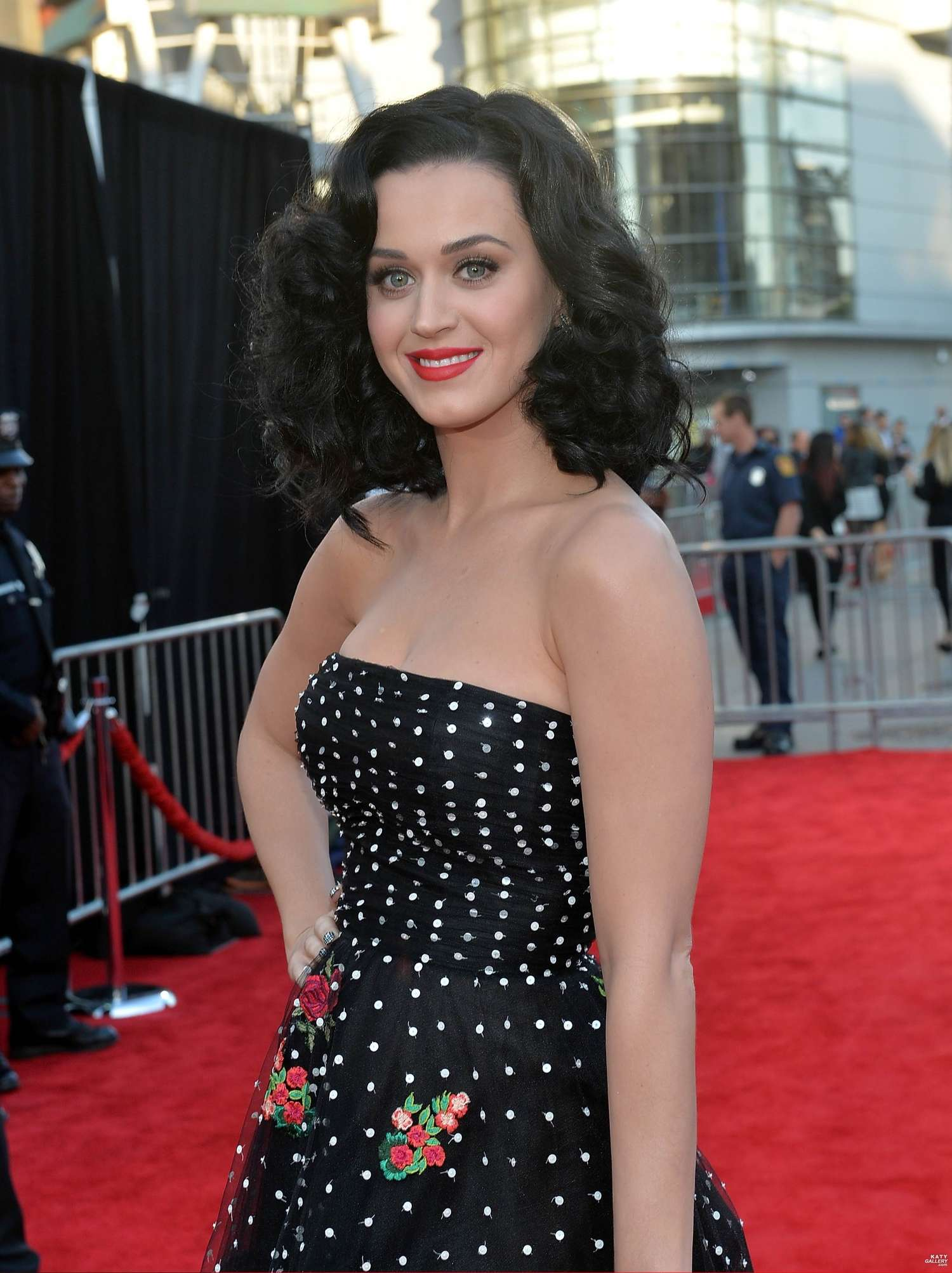 Pics photos back to post katy perry 2013 american music awards in