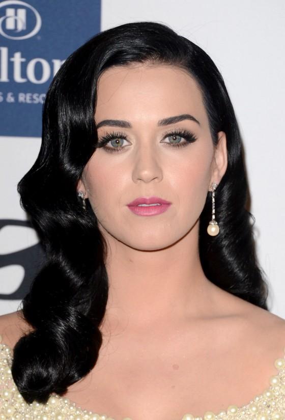 Katy Perry – 2013 Clive Davis Pre-GRAMMY Gala -08
