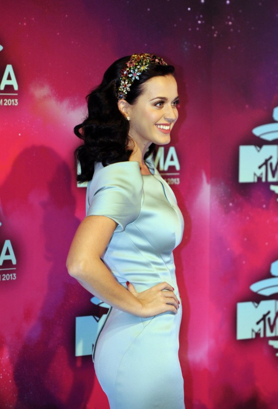 Katy Perry: 2013 MTV EMA -03