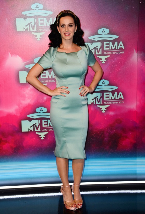 Katy Perry: 2013 MTV EMA -04